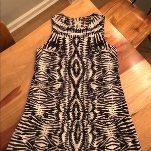 Vince Camuto Size S Black and Cream Dress